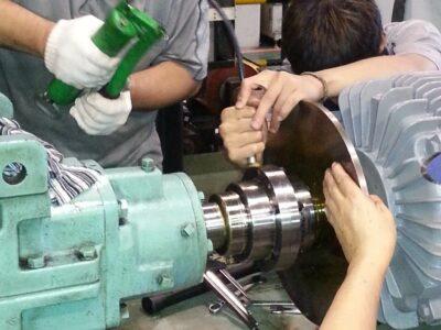 可動部・軸受部・摺動部のグリスアップ