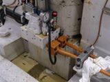 油圧バルブ・配管の油漏れ